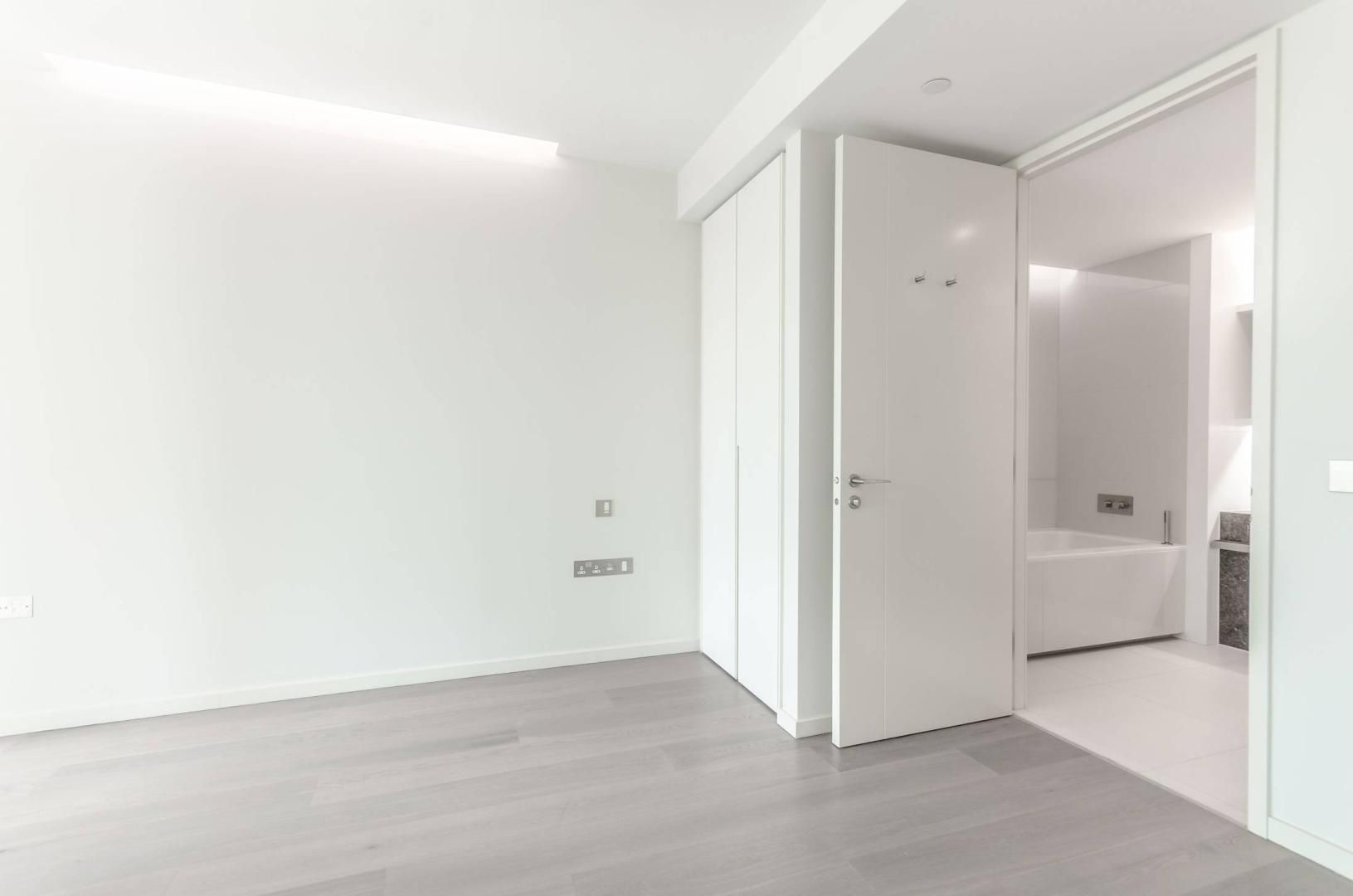 2 bed flat to rent in South Bank Tower  - Property Image 13