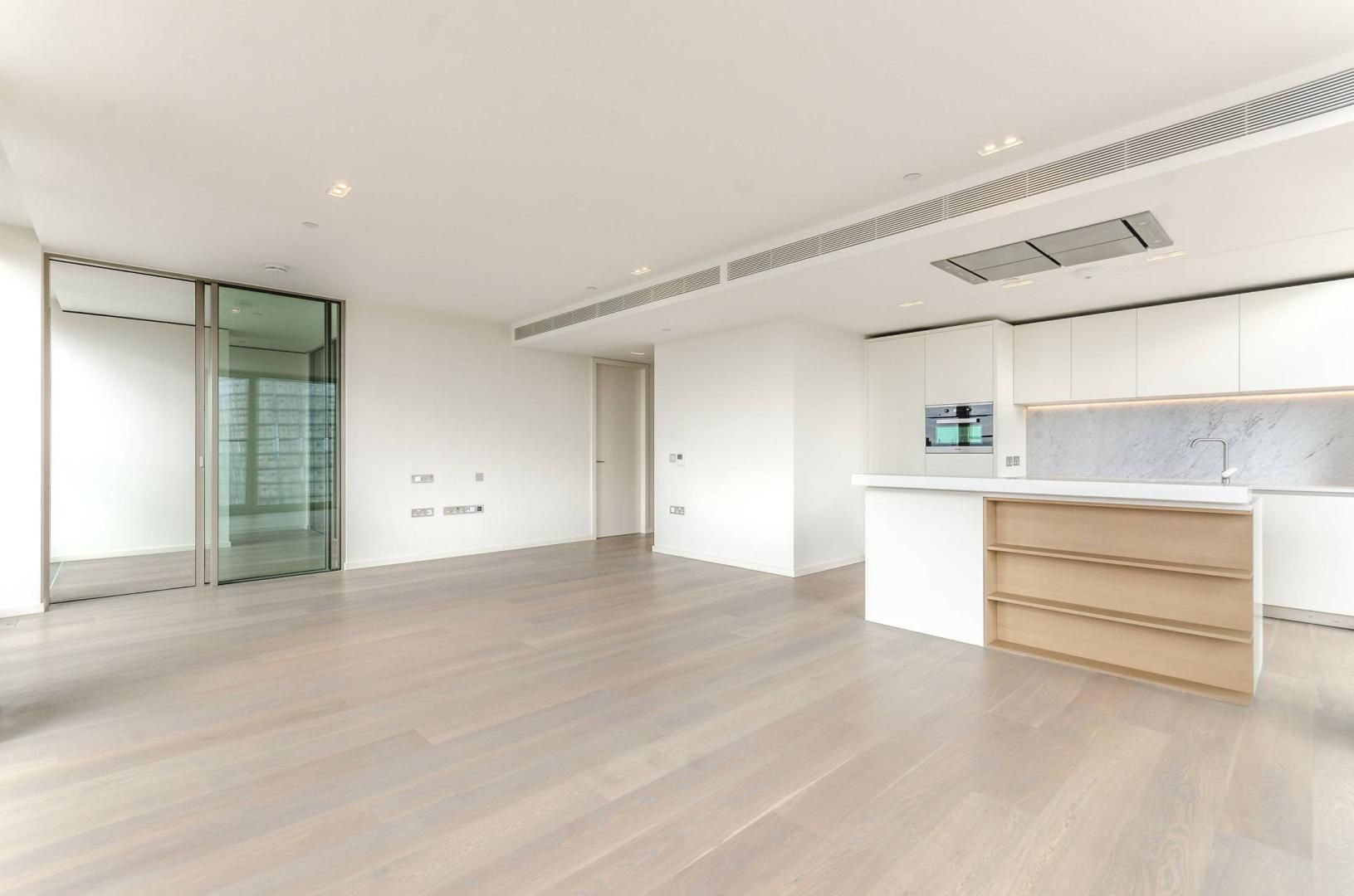 2 bed flat to rent in South Bank Tower  - Property Image 3