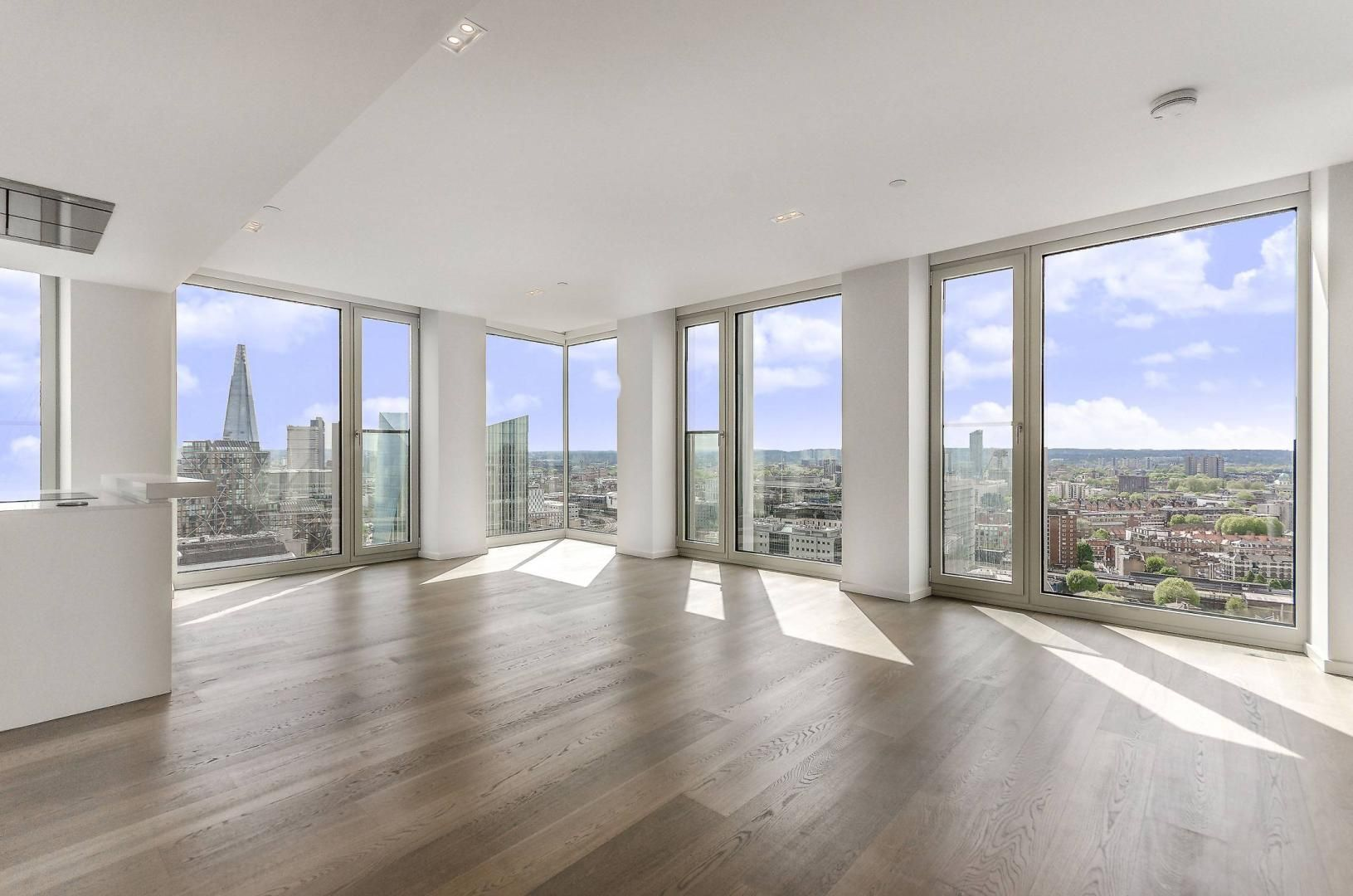 2 bed flat to rent in South Bank Tower  - Property Image 4