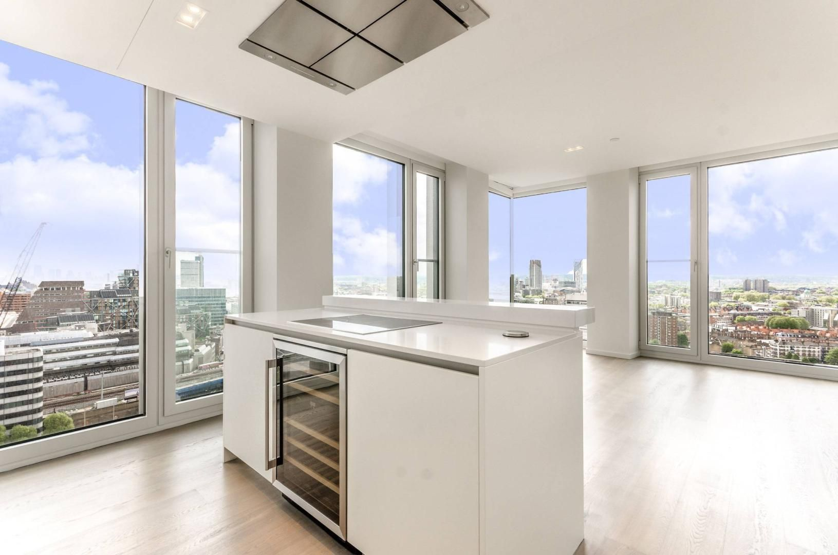 2 bed flat to rent in South Bank Tower  - Property Image 6