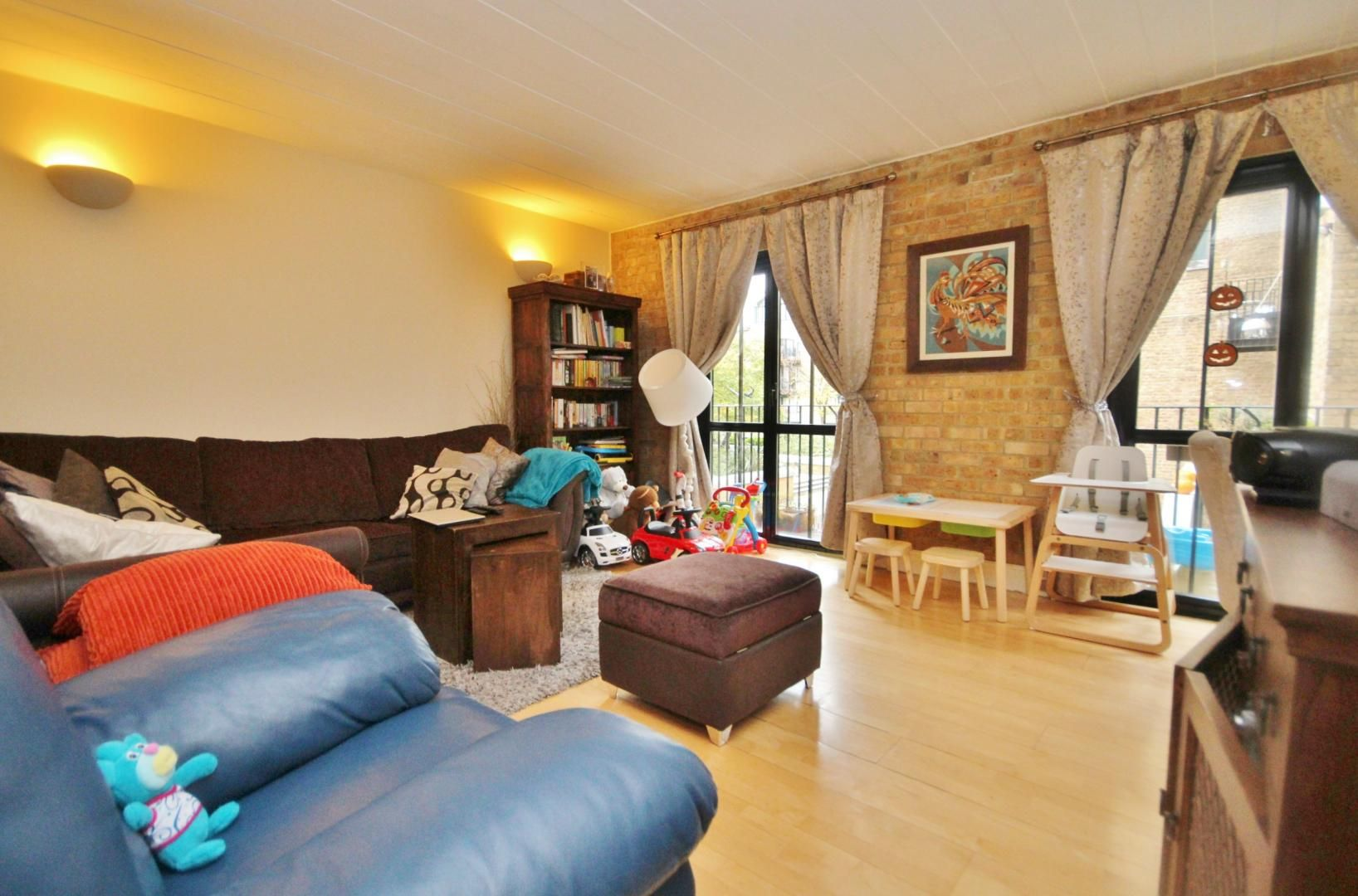 2 bed flat to rent in Beacon House  - Property Image 4