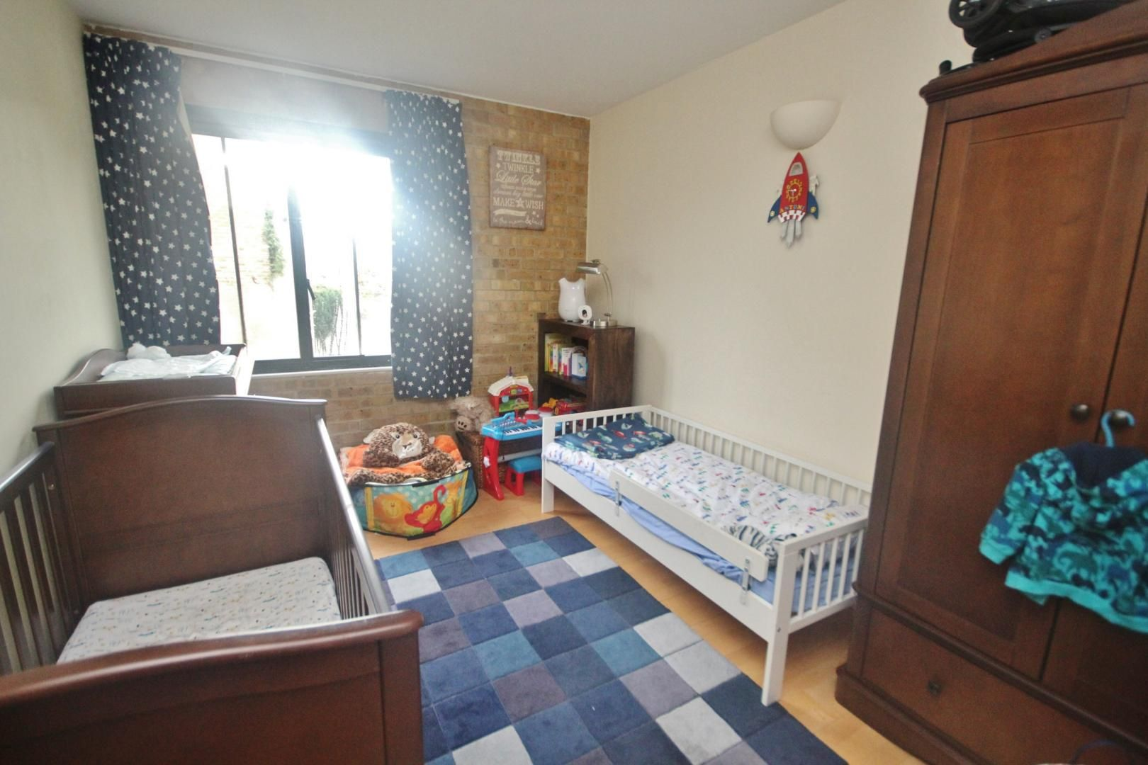 2 bed flat to rent in Beacon House  - Property Image 7