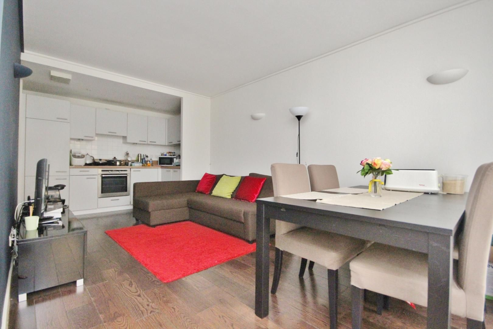 2 bed flat to rent in Maurer Court - Property Image 1