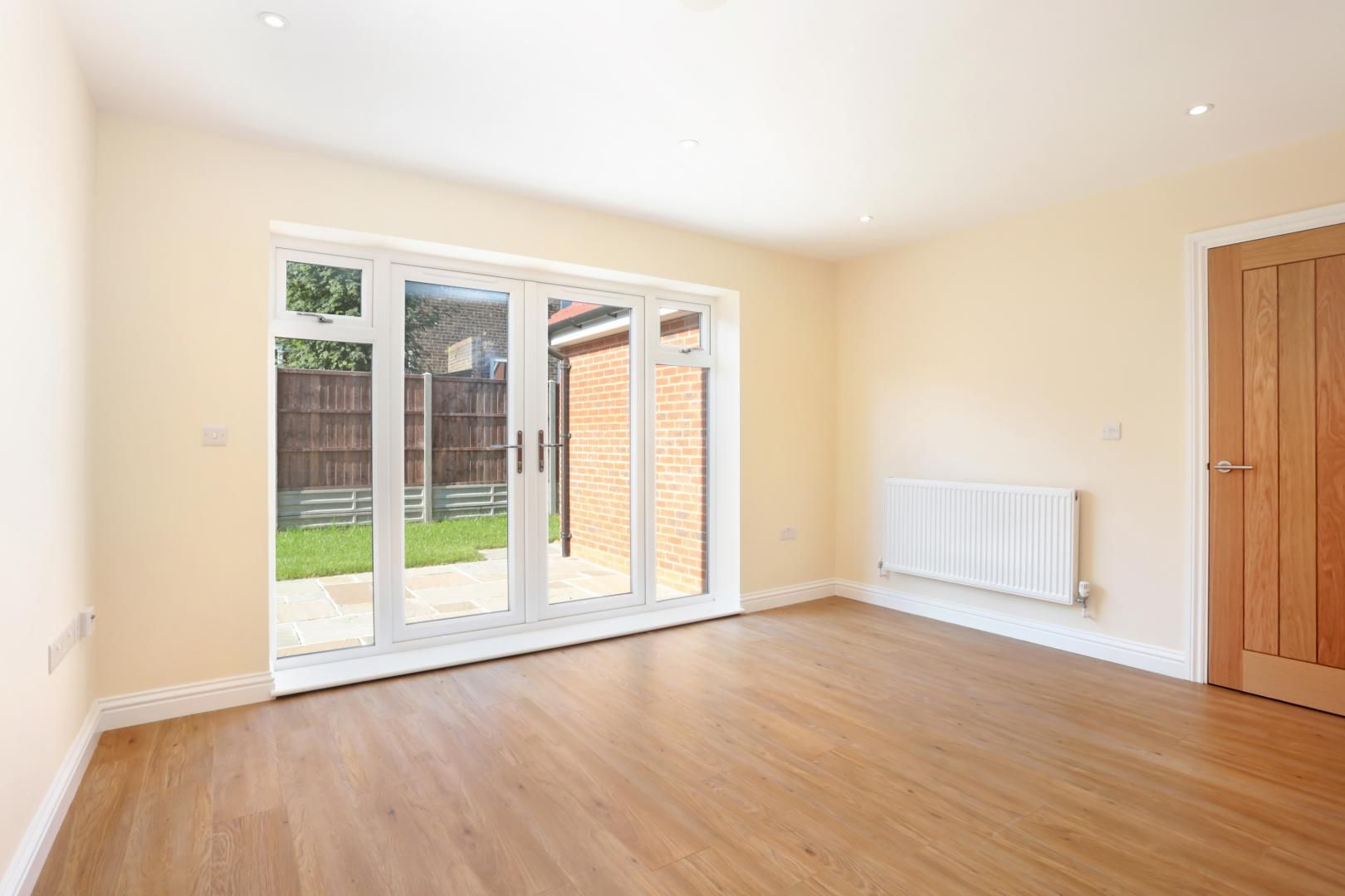 4 bed house for sale in Zara Court  - Property Image 3