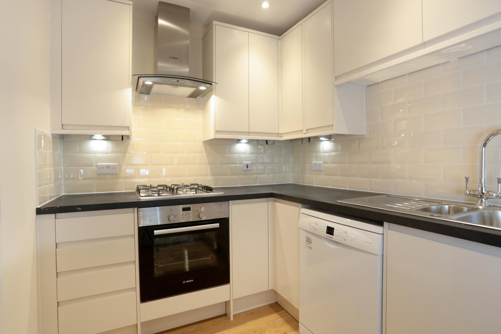 3 bed house for sale in Zara Court  - Property Image 5