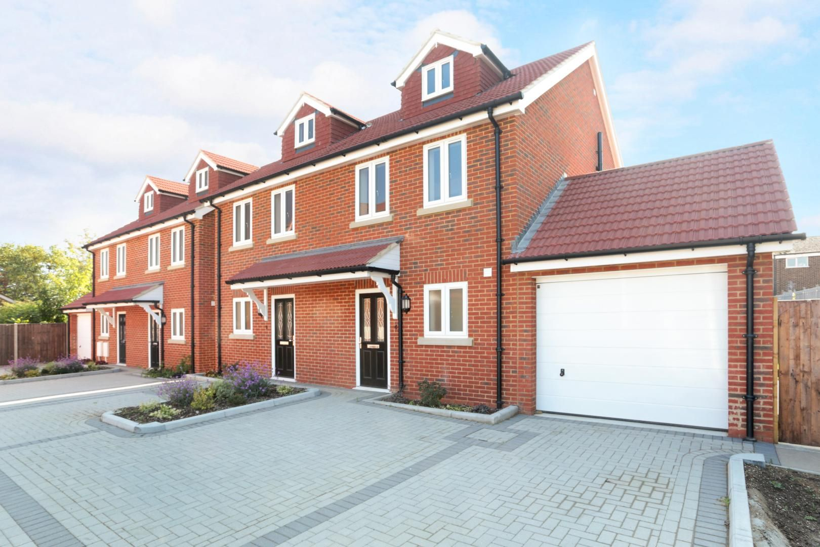 3 bed house for sale in Zara Court  - Property Image 1