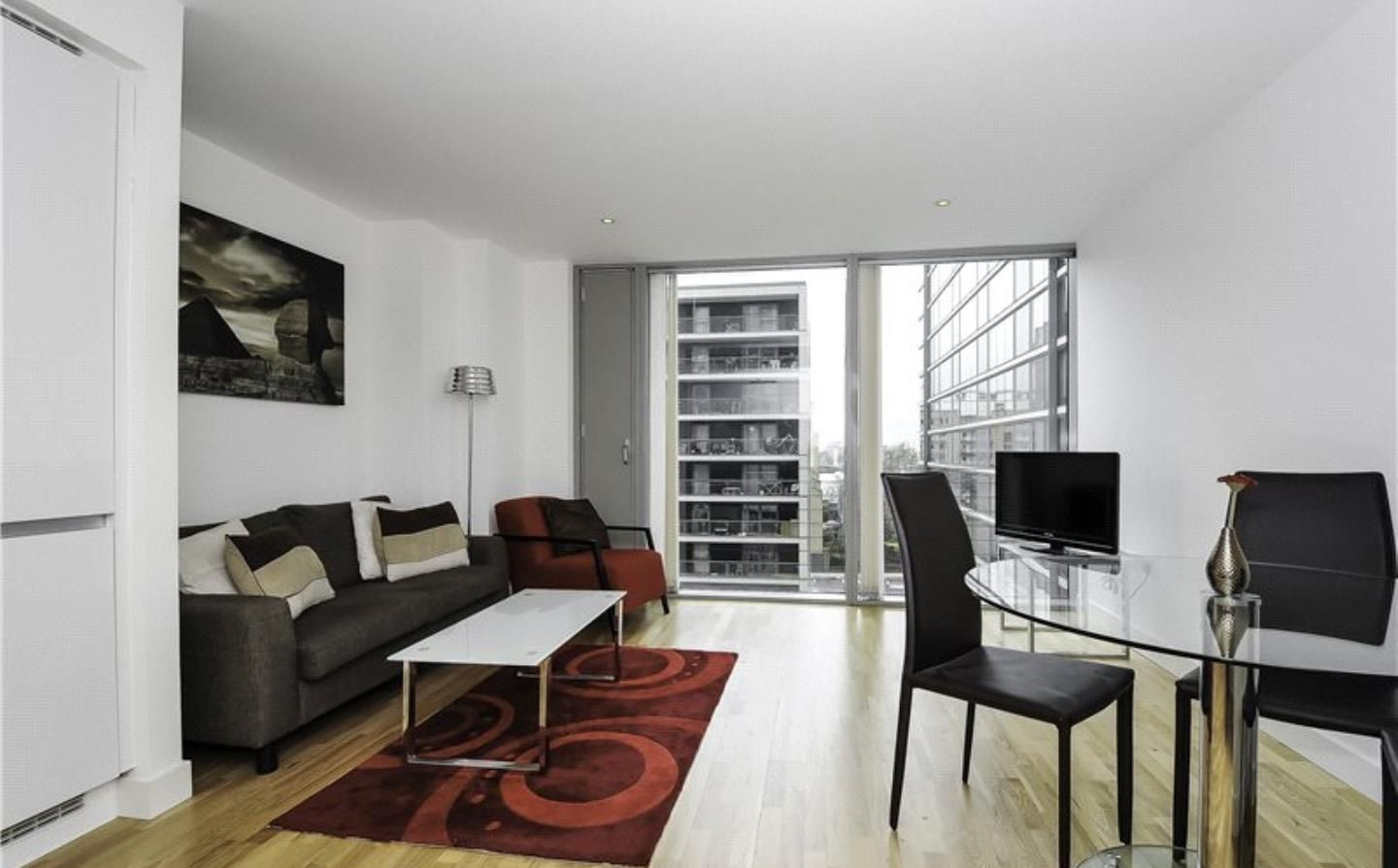 1 bed flat to rent in Landmark East Tower  - Property Image 5