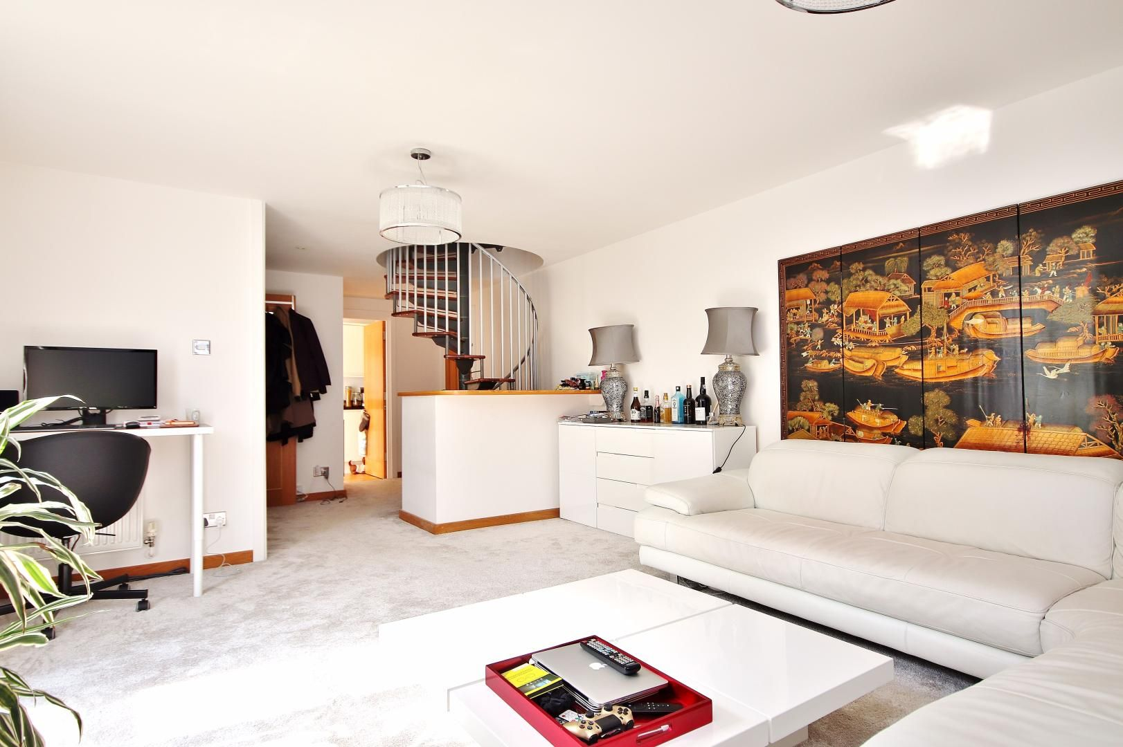 1 bed flat for sale in Barrier Point Road  - Property Image 1