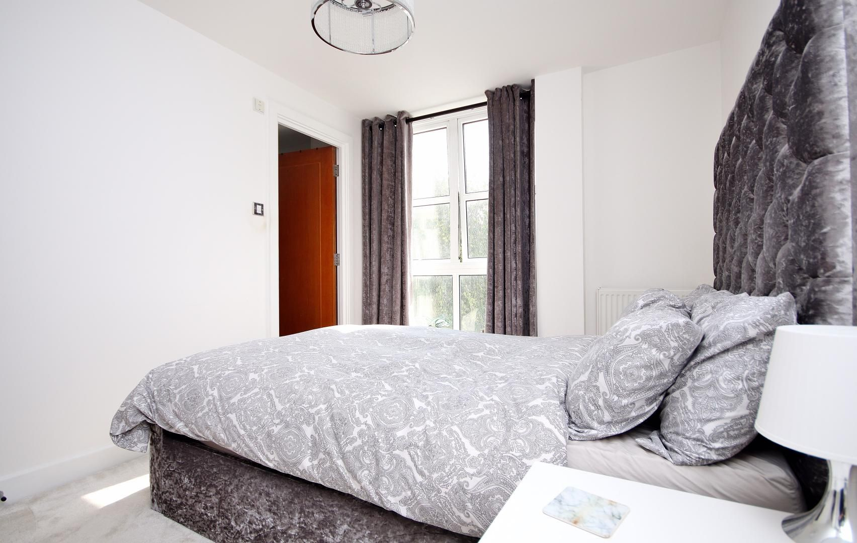 1 bed flat for sale in Barrier Point Road  - Property Image 5