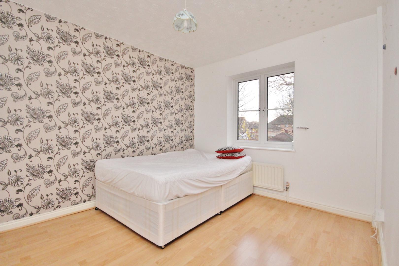 4 bed house for sale in Ambassador Gardens  - Property Image 14