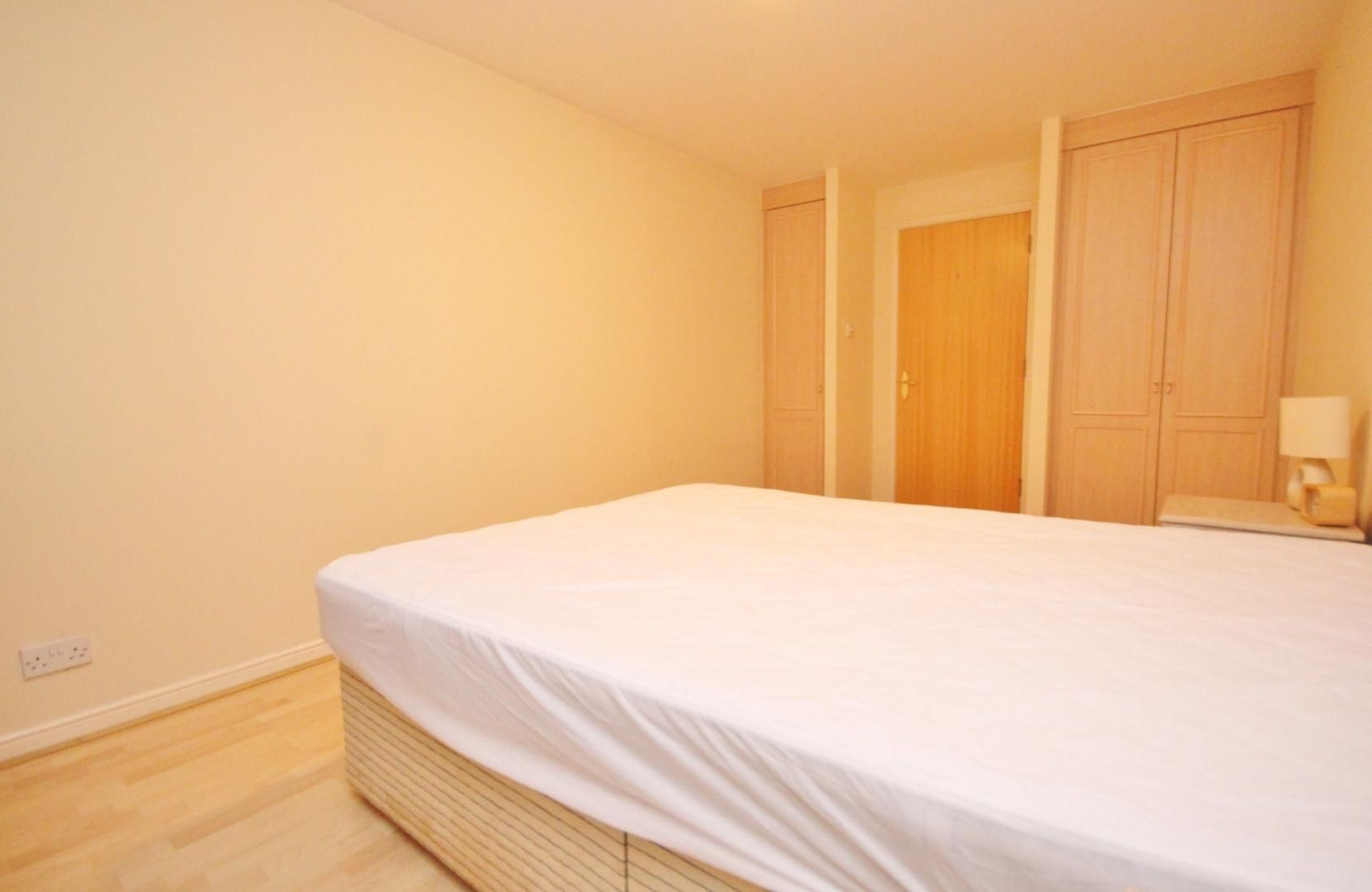 2 bed flat to rent in 3 Millennium Drive  - Property Image 9
