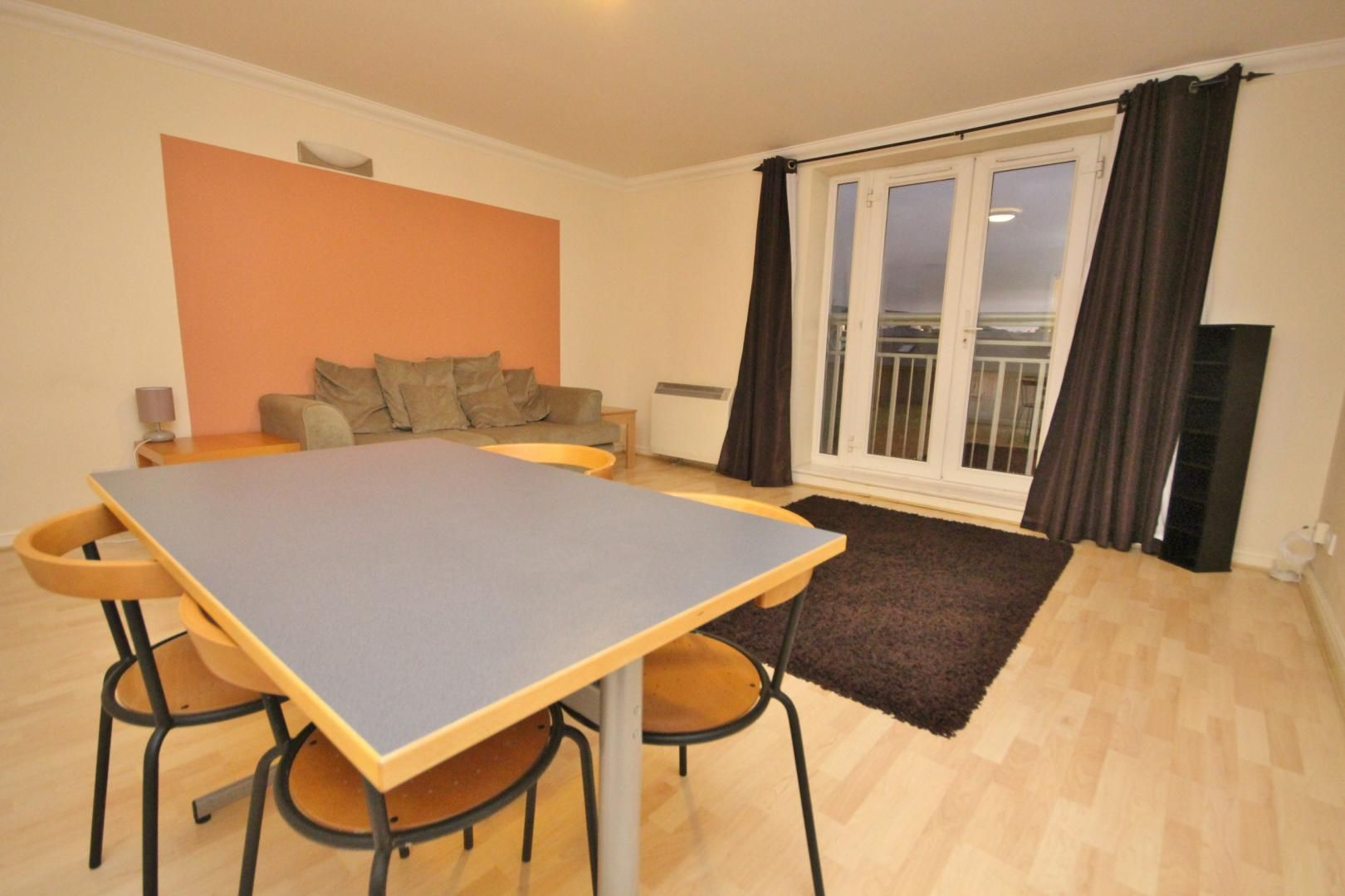 2 bed flat to rent in 3 Millennium Drive  - Property Image 10