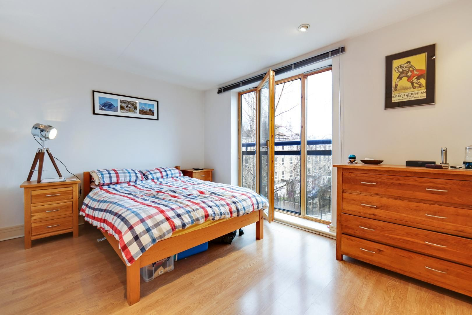 1 bed flat for sale in Nova Building  - Property Image 6