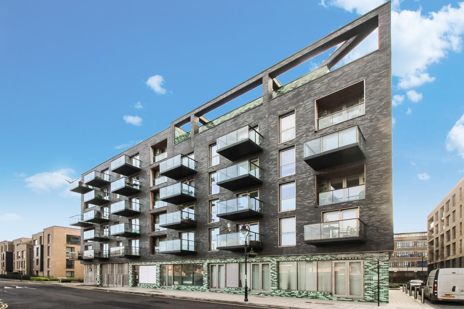 2 bed flat to rent in Haven Way  - Property Image 2