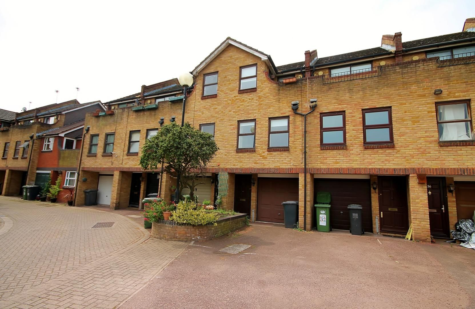 1 bed flat to rent in Greenland Mews, SE8