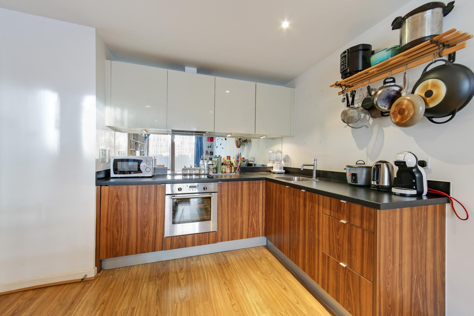 1 bed flat for sale in Cutmore Ropeworks  - Property Image 4