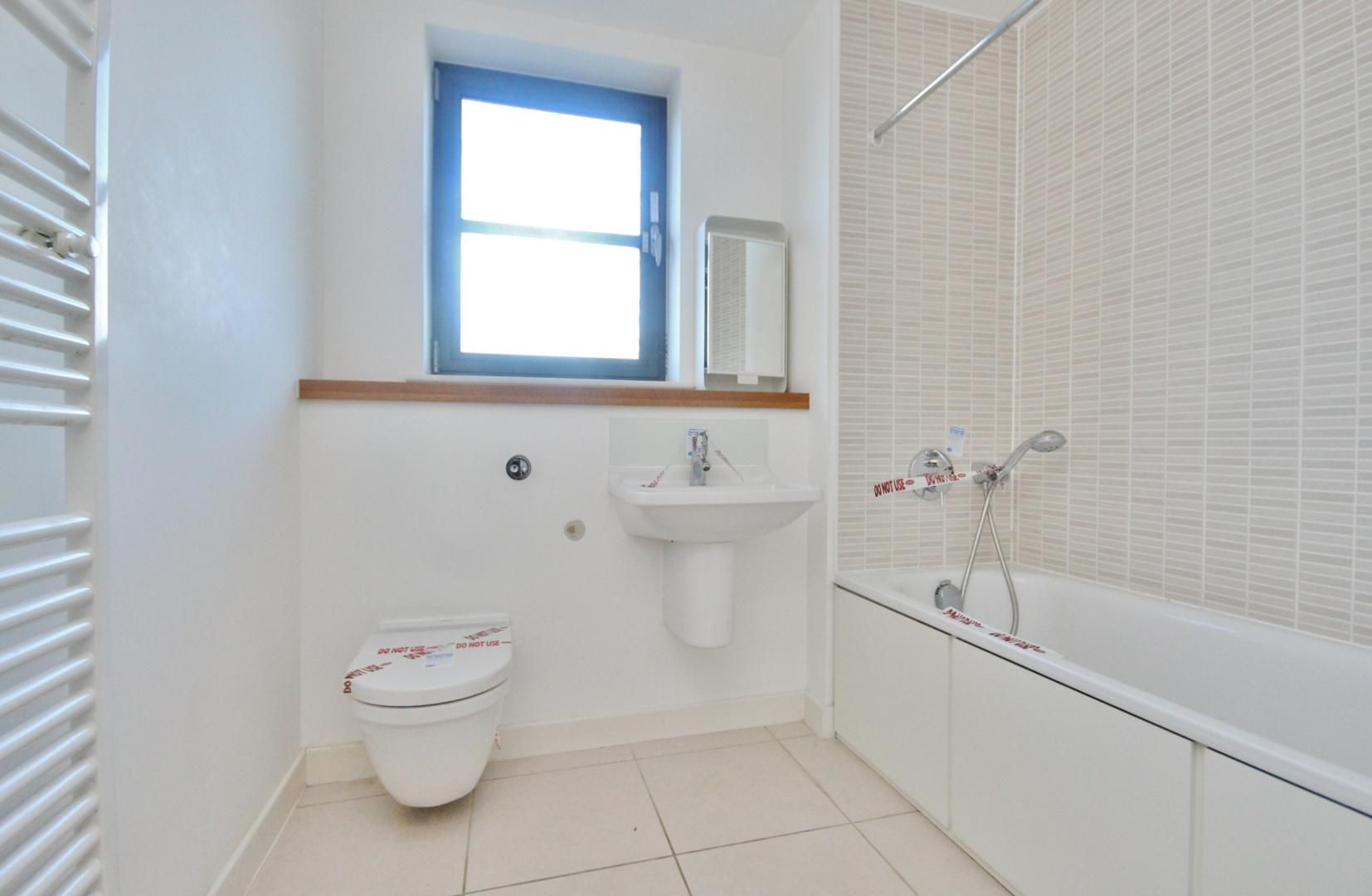 2 bed flat for sale in 600 Commercial Road  - Property Image 11