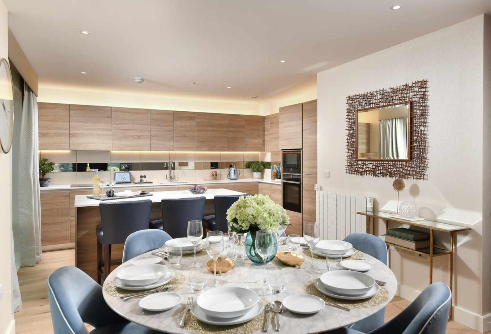 2 bed flat for sale in 202 Deveraux House, SE18