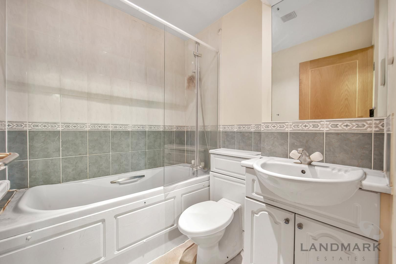 2 bed flat for sale in Atlantic Court  - Property Image 3