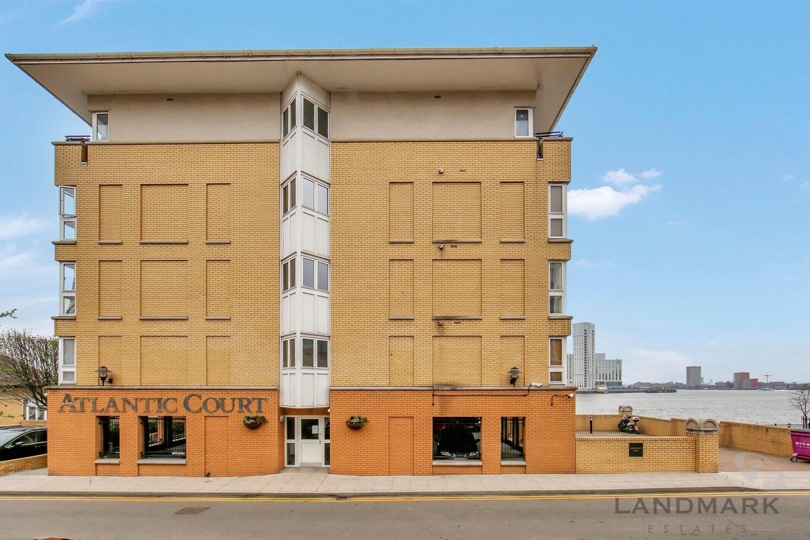 2 bed flat for sale in Atlantic Court  - Property Image 5