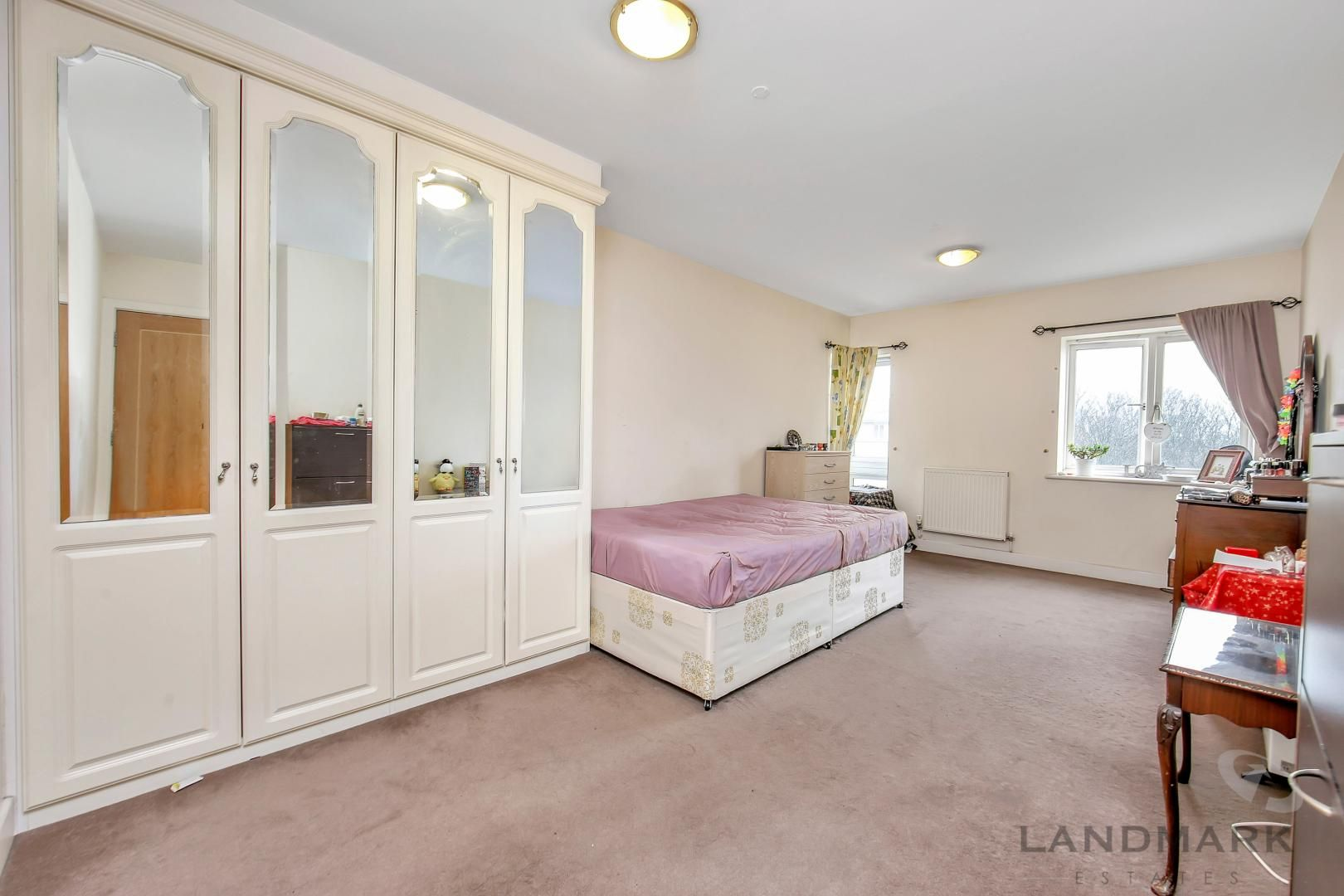 2 bed flat for sale in Atlantic Court  - Property Image 8