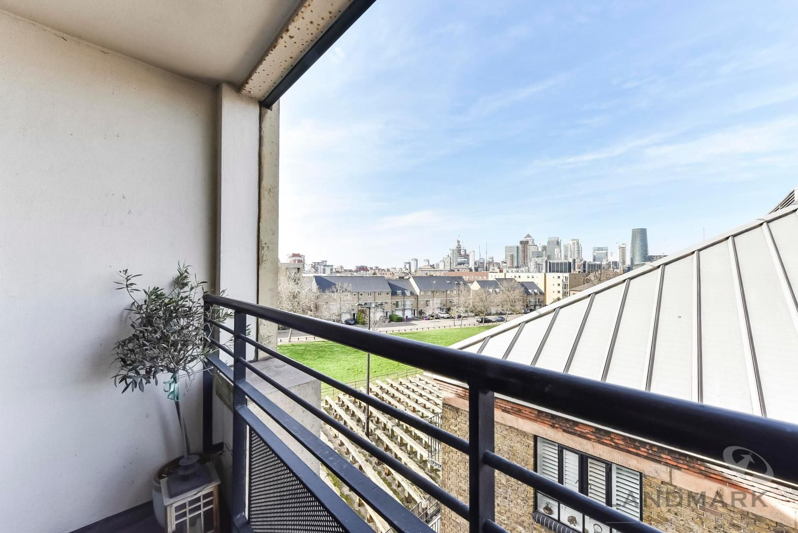1 bed flat for sale in Wheel House  - Property Image 2