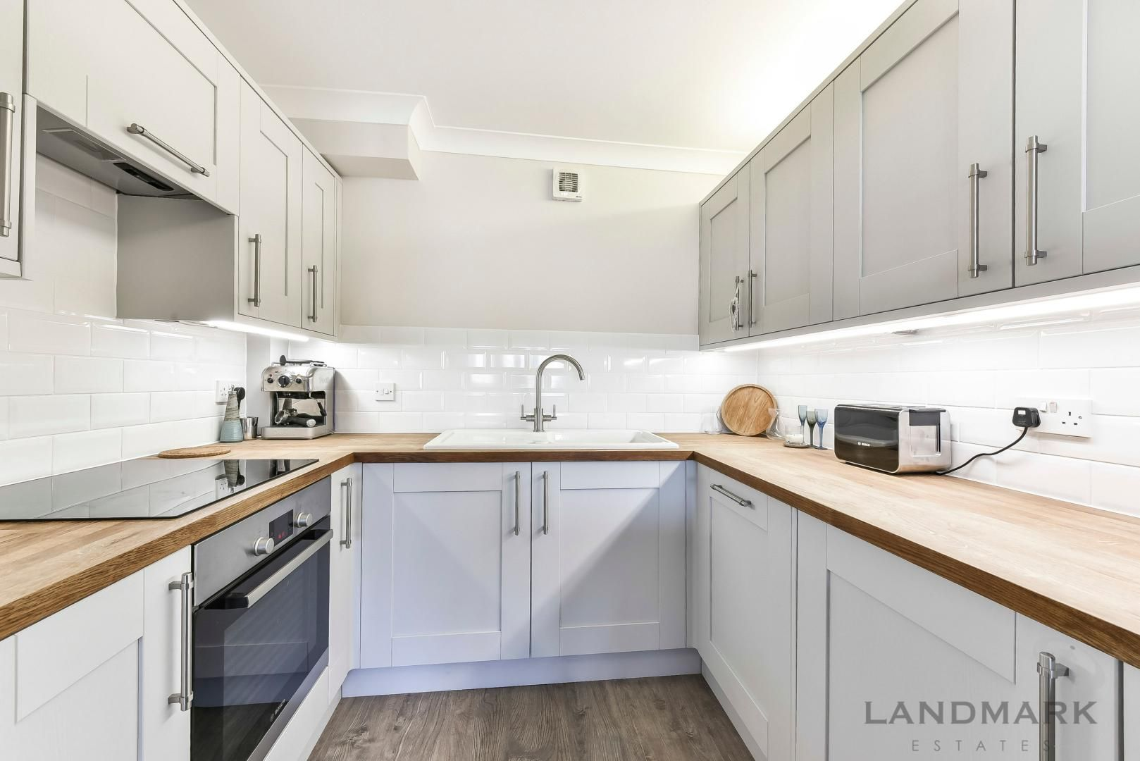 1 bed flat for sale in Wheel House  - Property Image 3