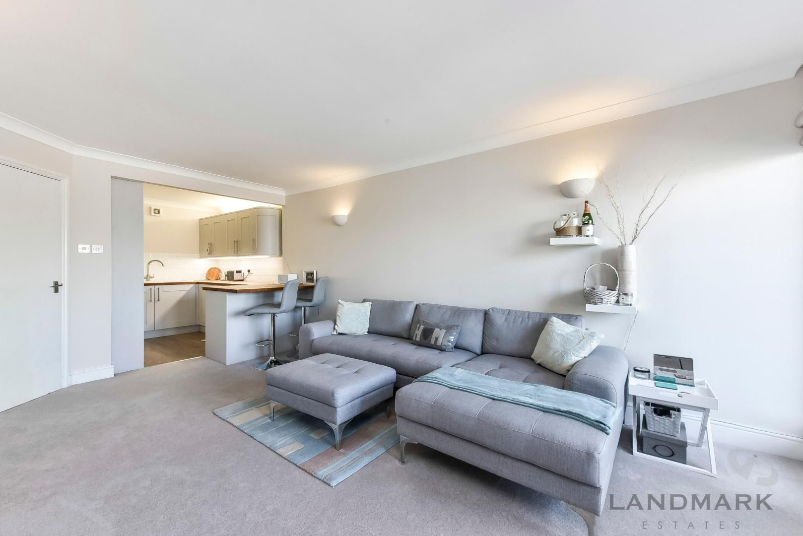 1 bed flat for sale in Wheel House  - Property Image 4