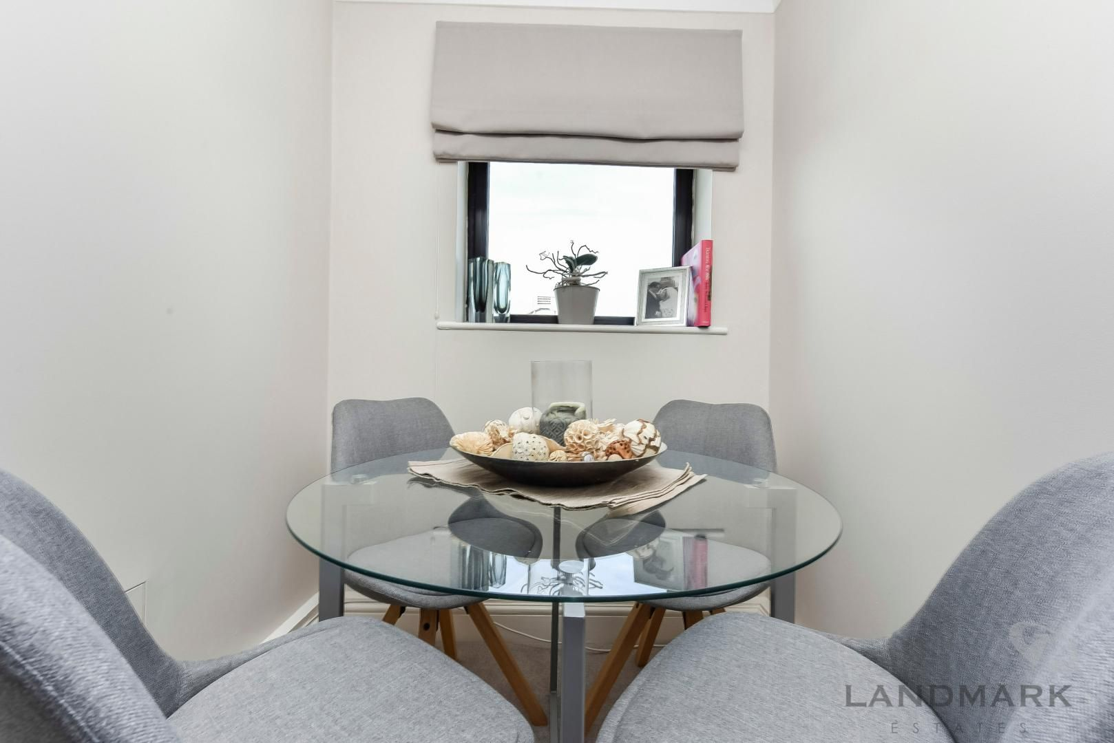 1 bed flat for sale in Wheel House  - Property Image 5