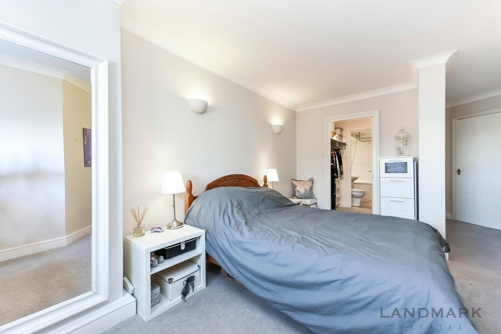 1 bed flat for sale in Wheel House  - Property Image 8