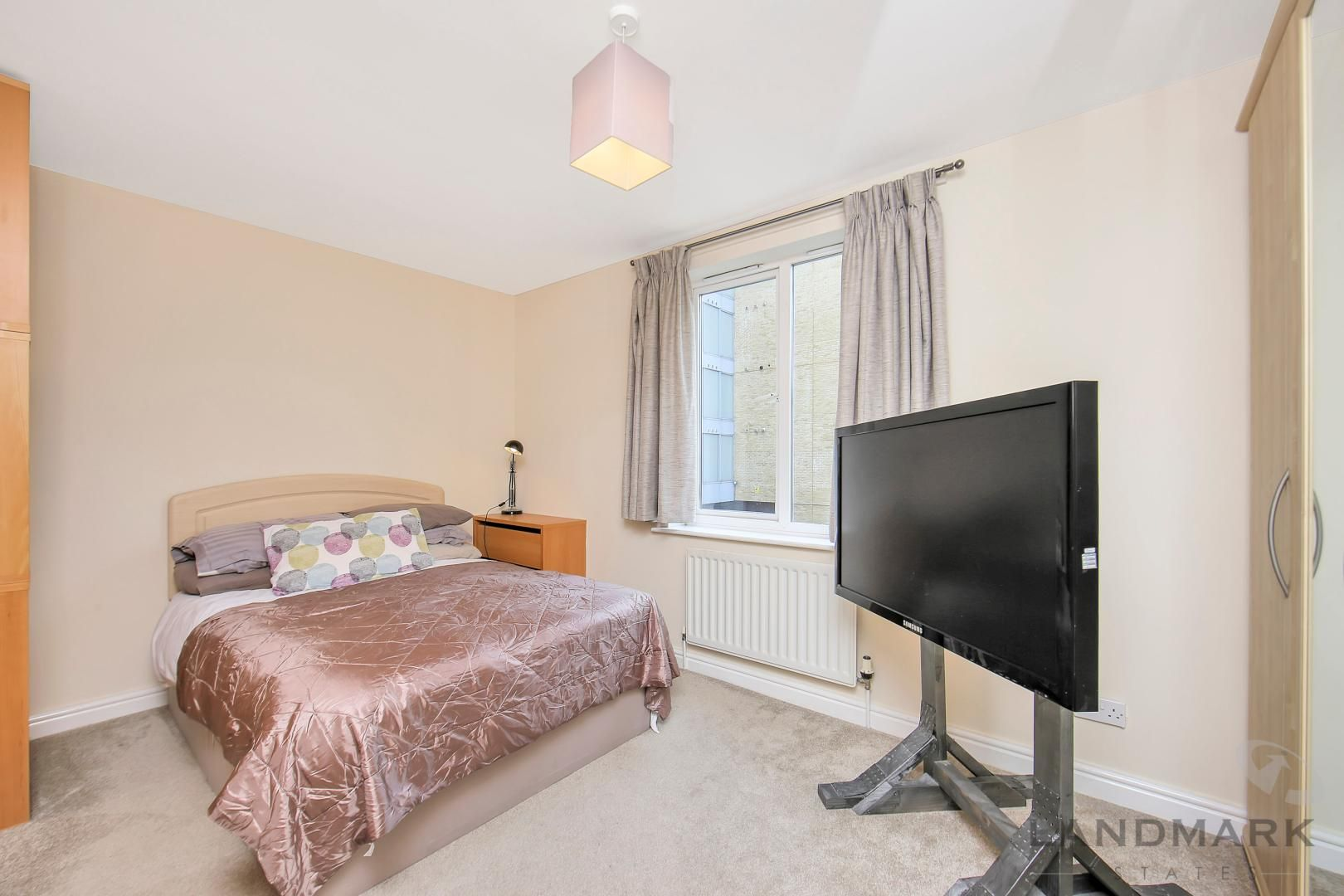 3 bed house to rent in Bering Square  - Property Image 6