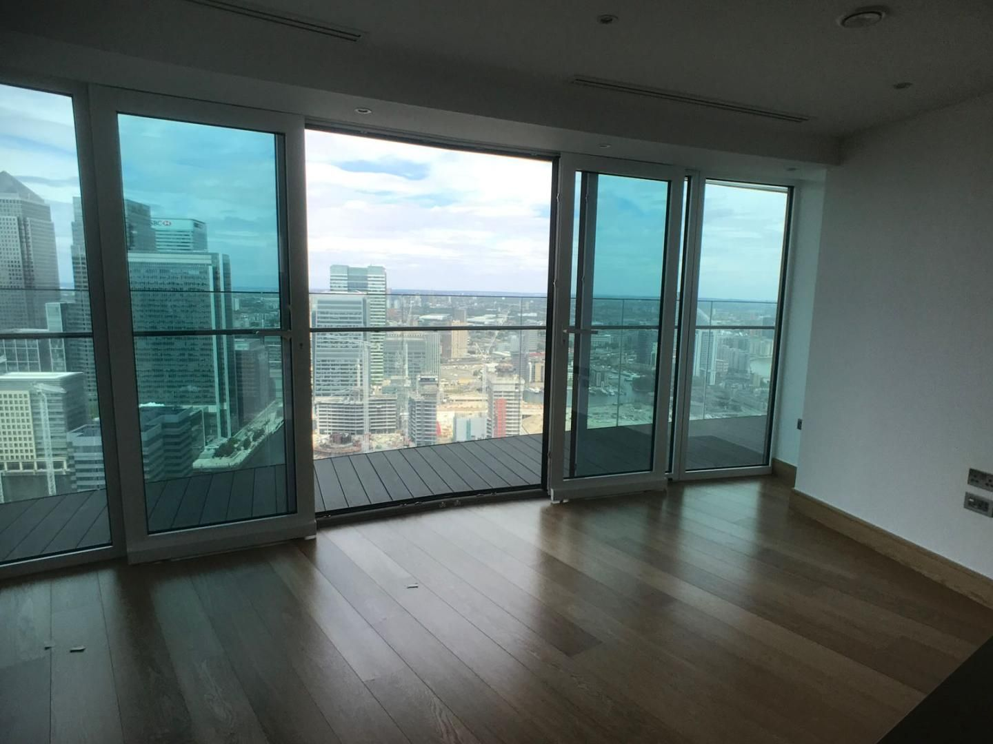 1 bed flat to rent in Arena Tower  - Property Image 3