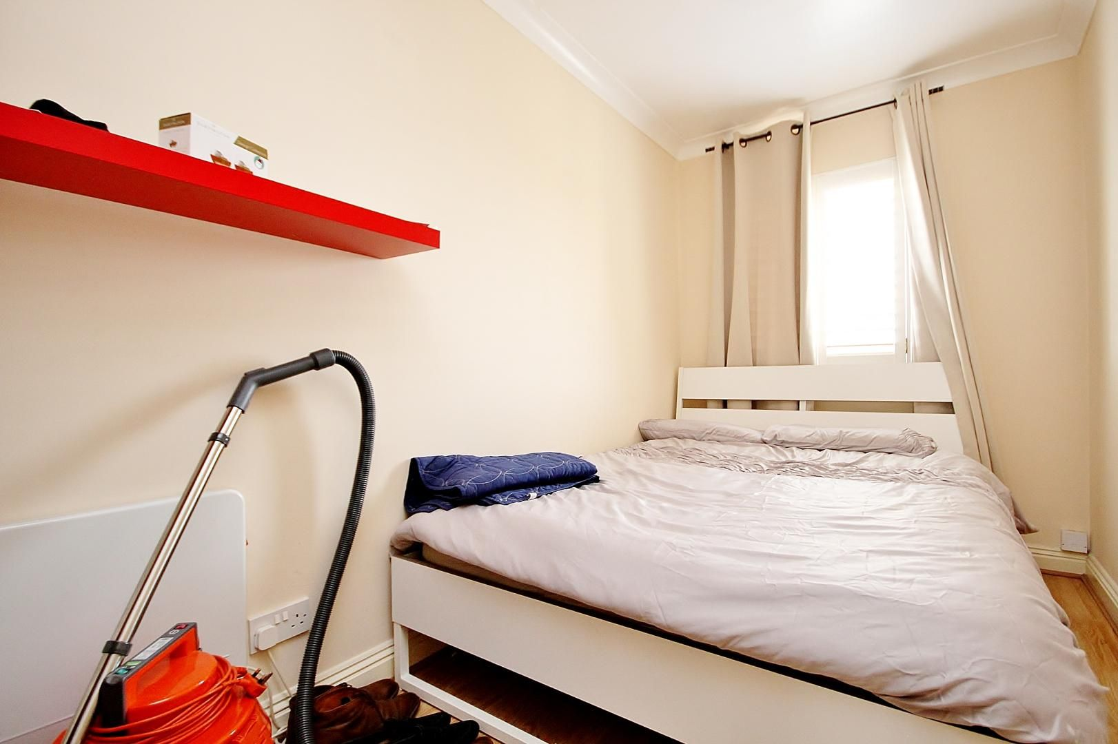 2 bed flat to rent in Brunel House  - Property Image 5