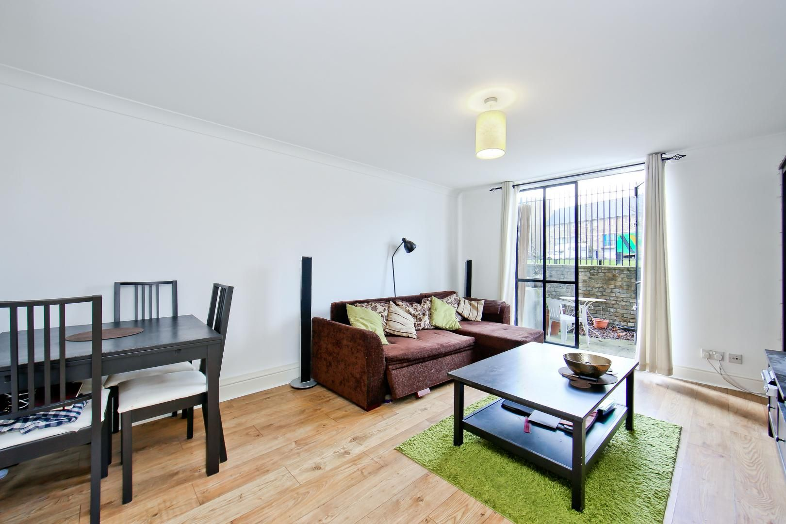 1 bed flat for sale in Slipway House, E14