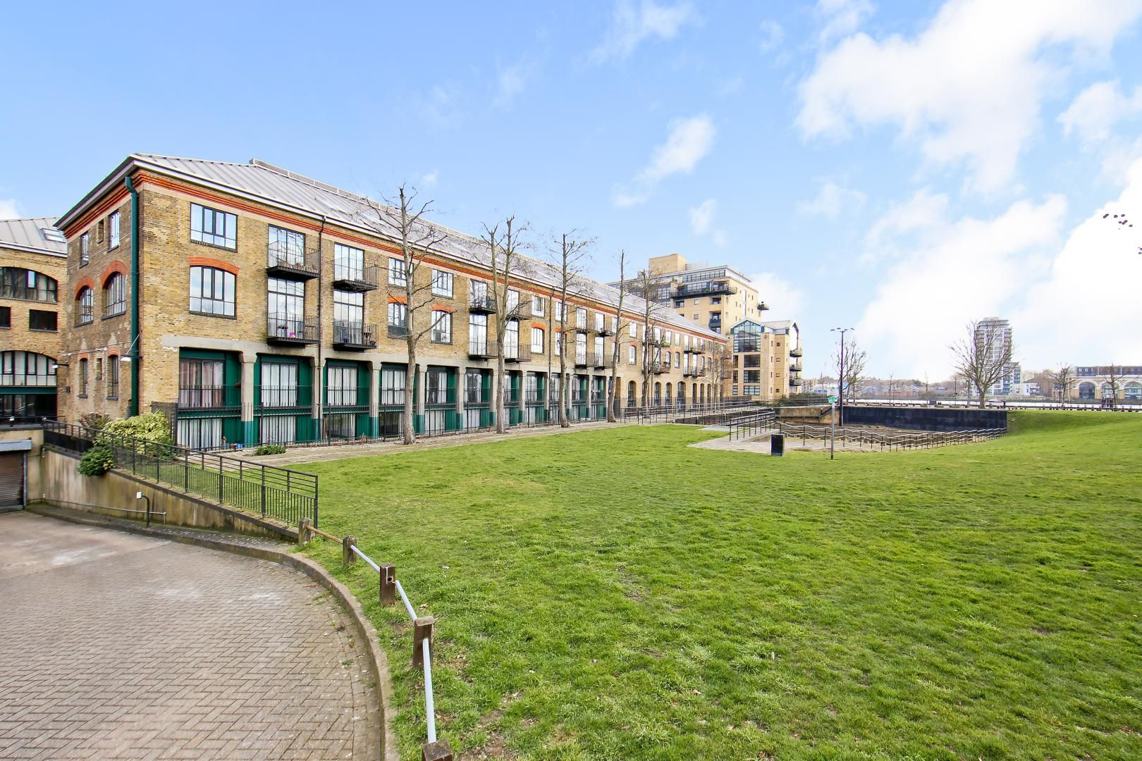 1 bed flat for sale in Slipway House  - Property Image 7