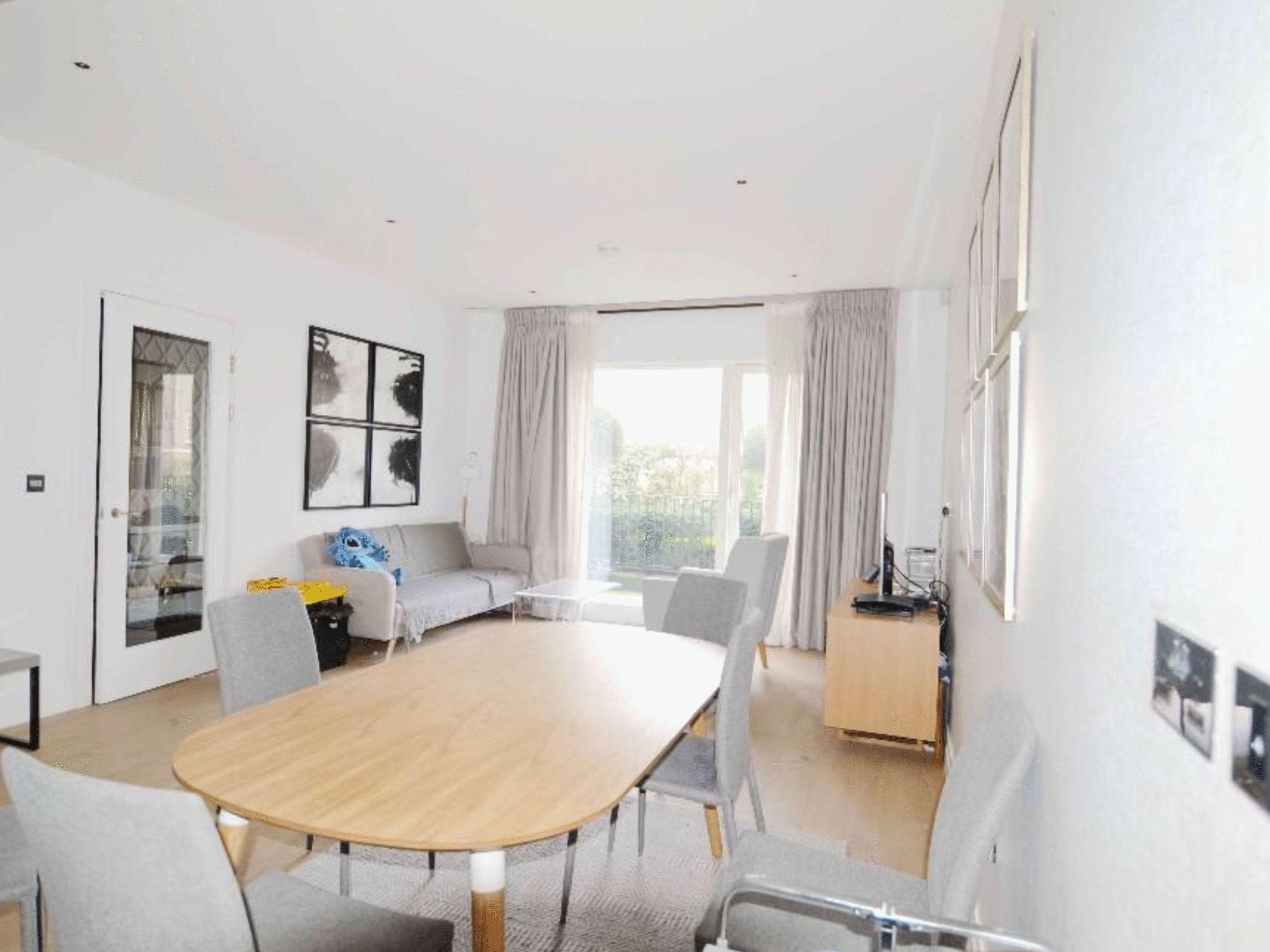 2 bed  to rent in Ebury Bridge Road  - Property Image 4