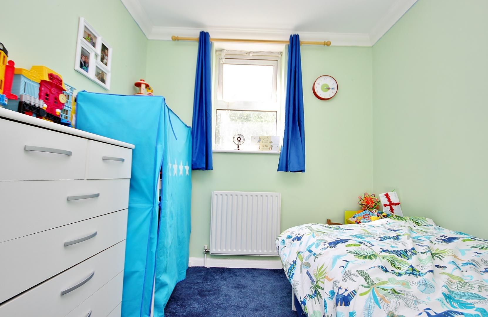 2 bed flat for sale in Walkers Lodge  - Property Image 5