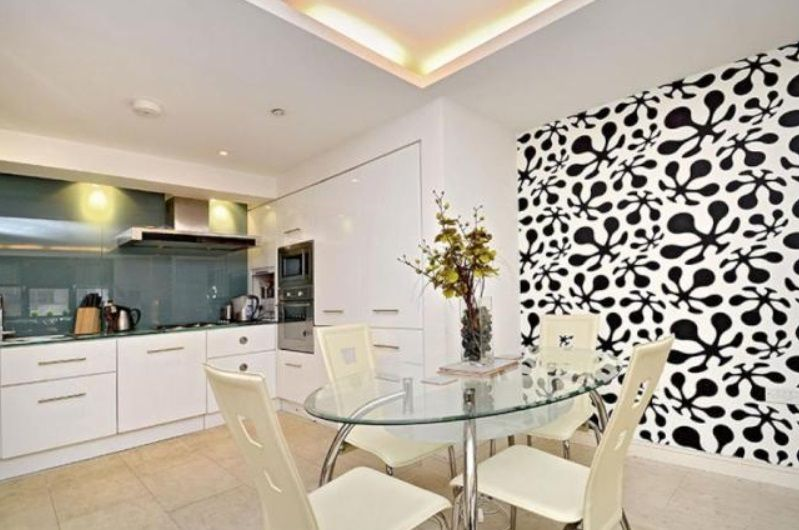 2 bed flat to rent in 19 Leman Street  - Property Image 5
