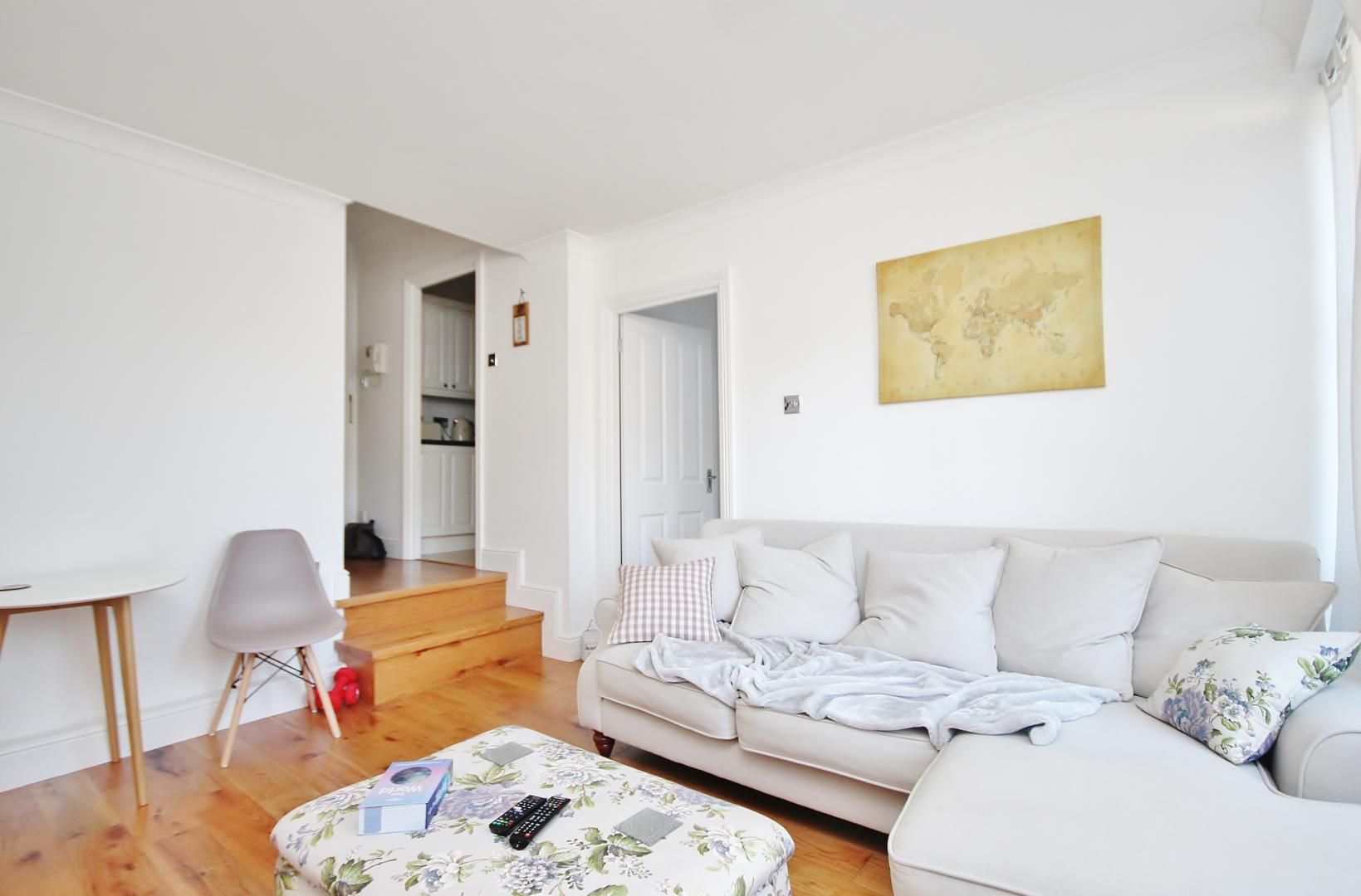 1 bed flat to rent in Plate House, E14