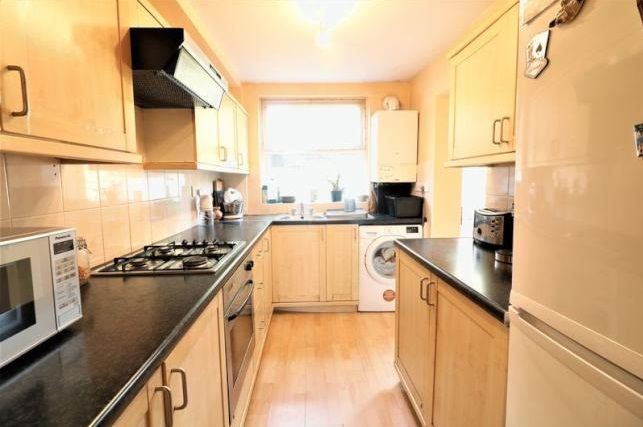 3 bed  for sale in Glendish Road  - Property Image 7
