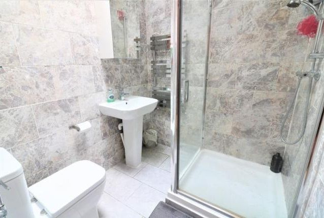 3 bed  for sale in Glendish Road  - Property Image 8