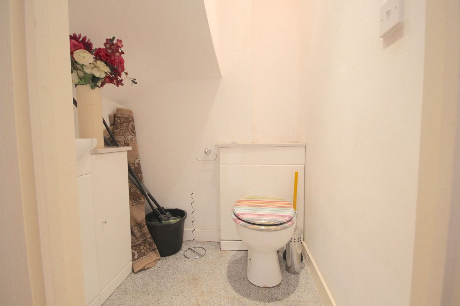 2 bed flat to rent in Southgate Road  - Property Image 6