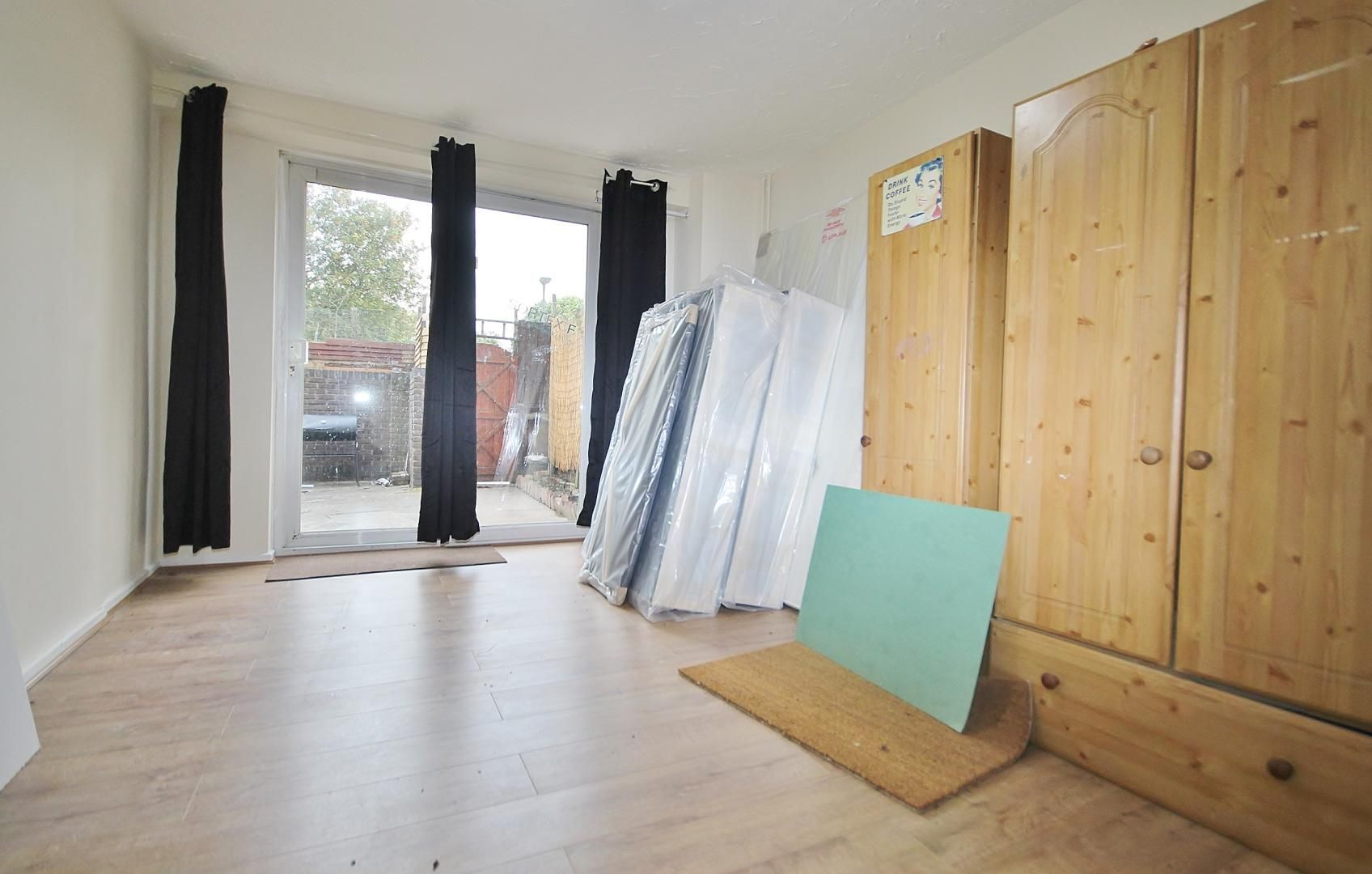 4 bed house to rent in Rounton Road  - Property Image 3