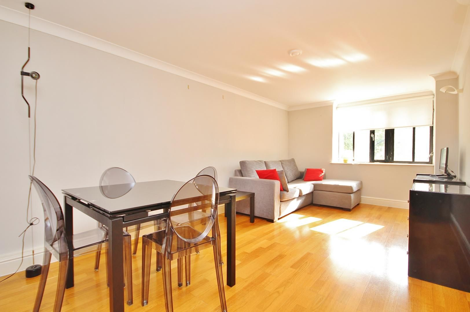 1 bed flat to rent in Taffrail House DELETE  - Property Image 3