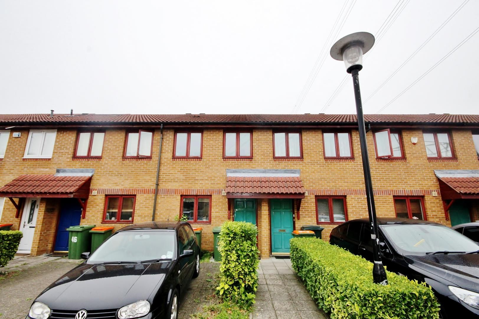 2 bed house for sale in Thomas Cribb Mews  - Property Image 1