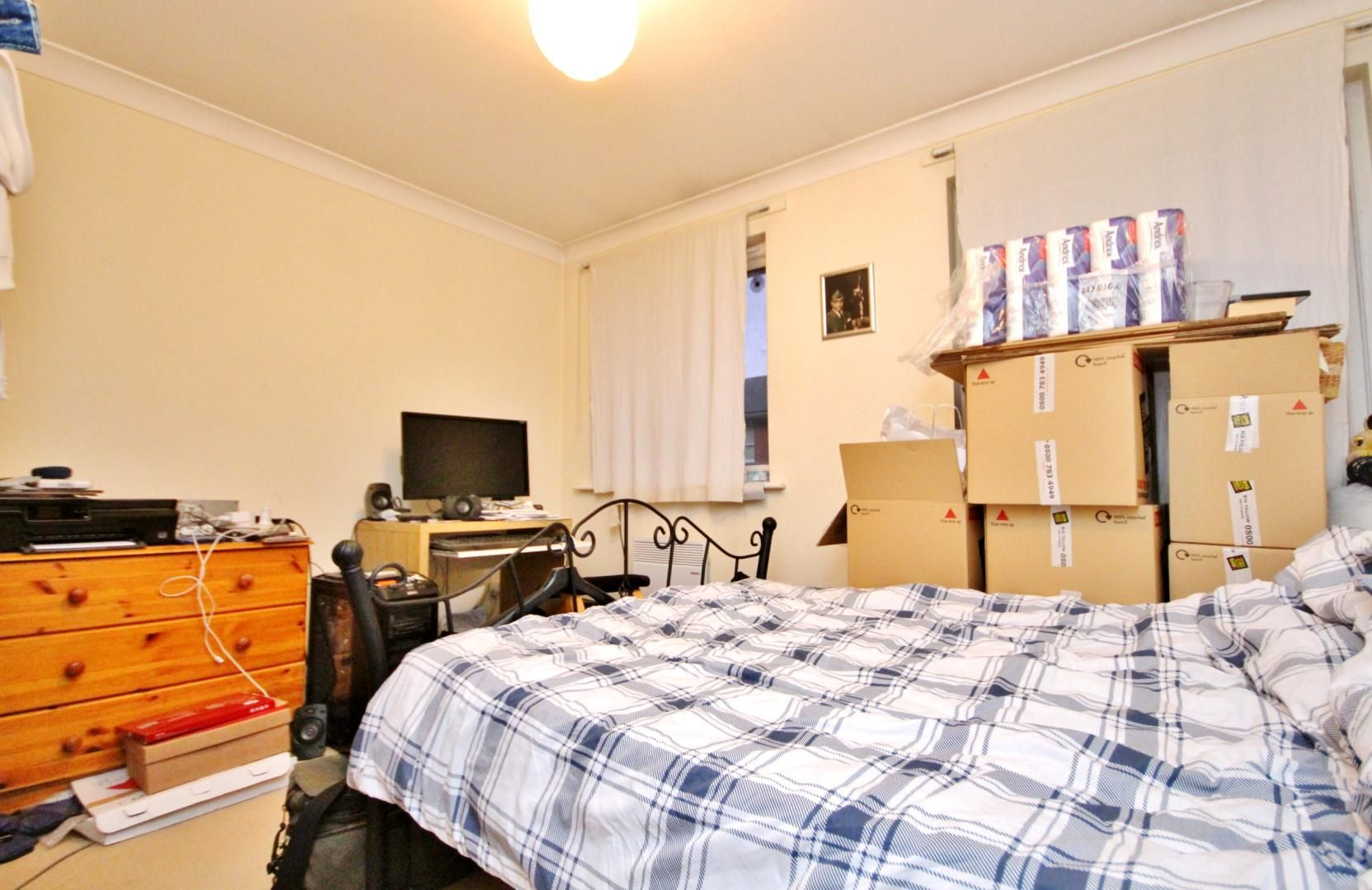 2 bed house for sale in Thomas Cribb Mews  - Property Image 7