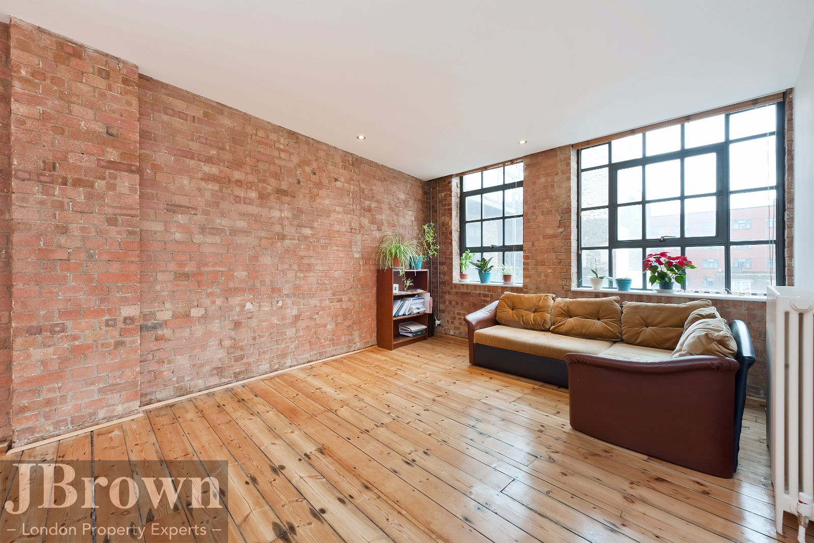 2 bed flat to rent in Nexus House  - Property Image 4