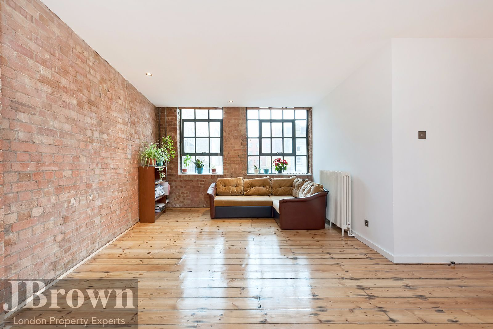 2 bed flat to rent in Nexus House  - Property Image 5