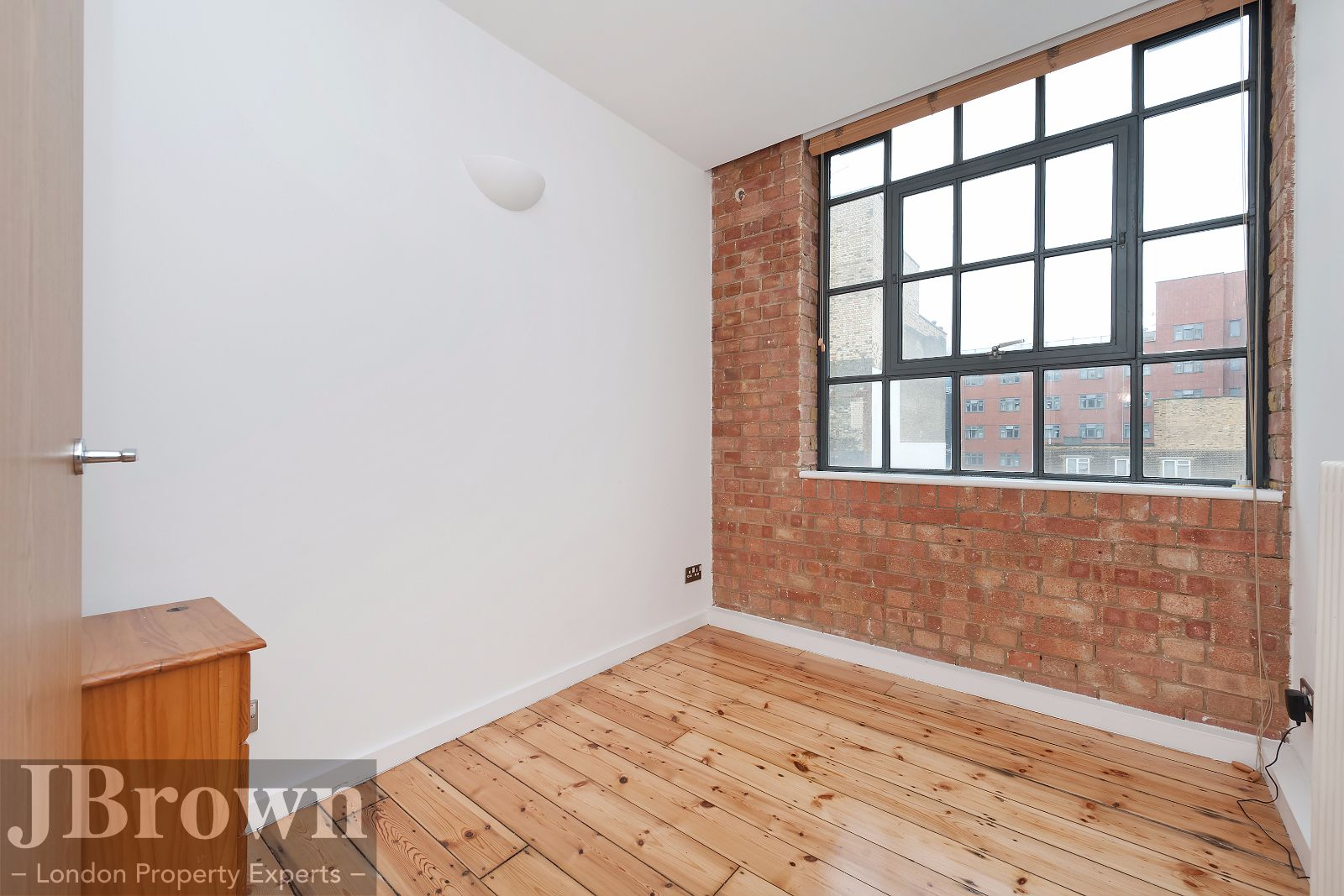 2 bed flat to rent in Nexus House  - Property Image 8