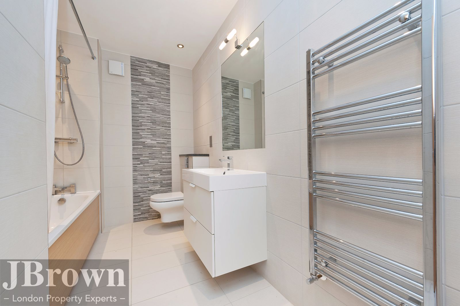 2 bed flat to rent in Nexus House  - Property Image 9